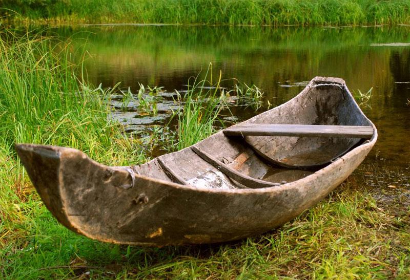 Лодка однодревка (добенка)