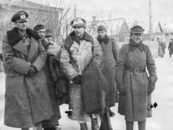 сдача в плен Паулюса и немецких войск